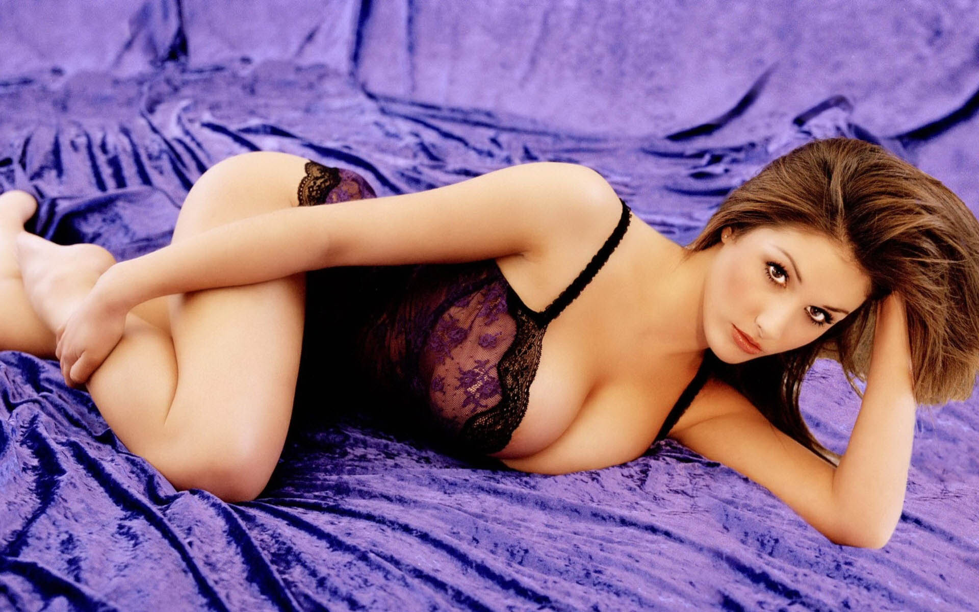 Смотреть бесплатно девушки голи 21 фотография