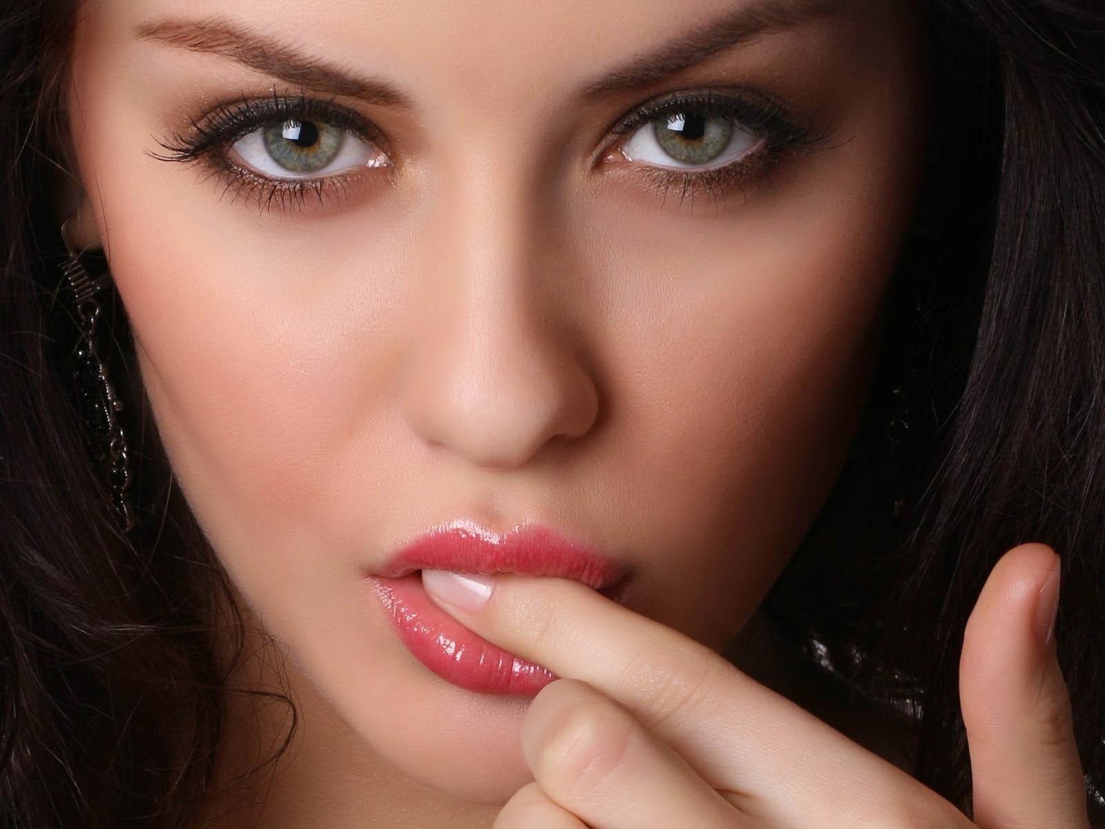 Сперма на лице молодые девочки 14 фотография