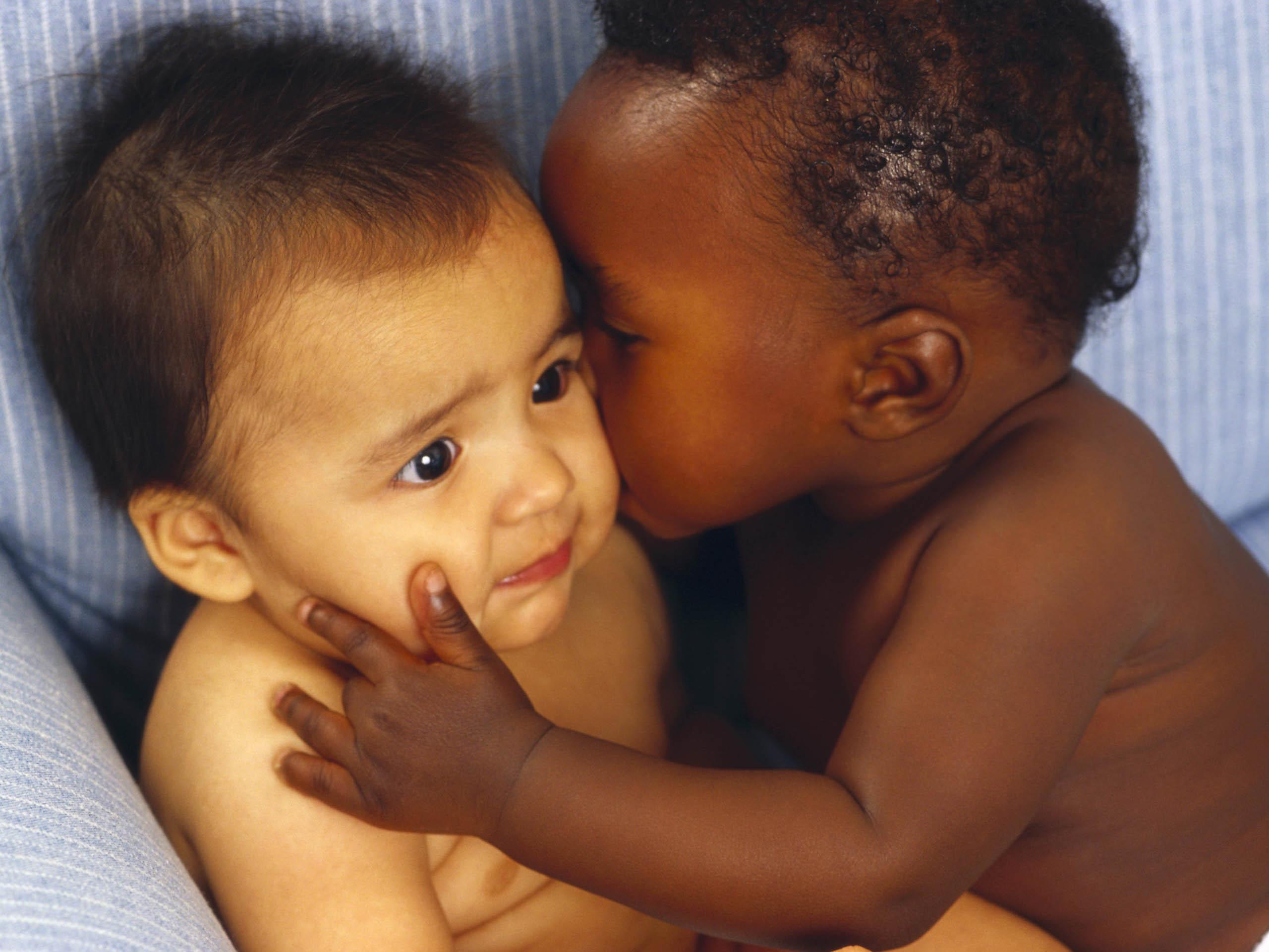 Сын трахает мать негритянку, Мама и негр: порно видео онлайн, смотреть секс ролик 5 фотография